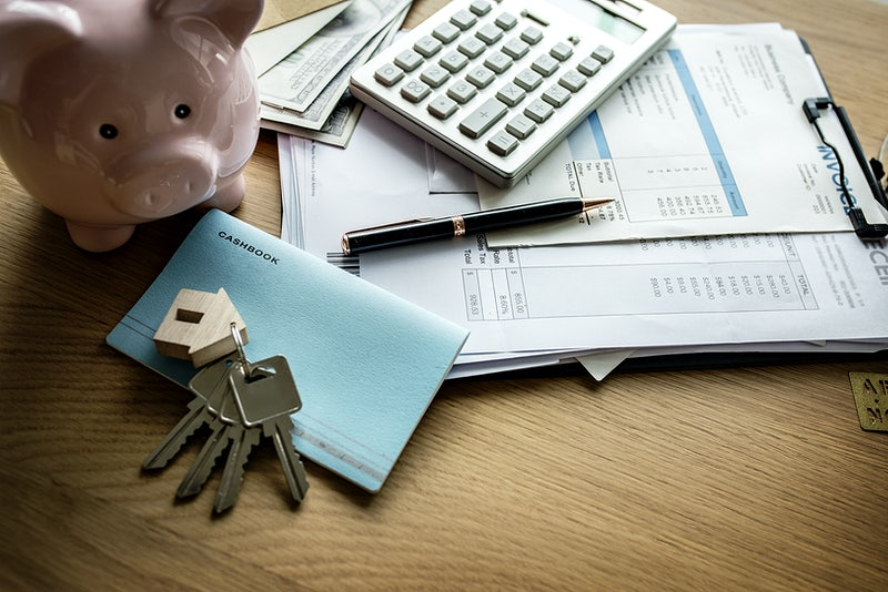 How to Create a Budget and Save Money