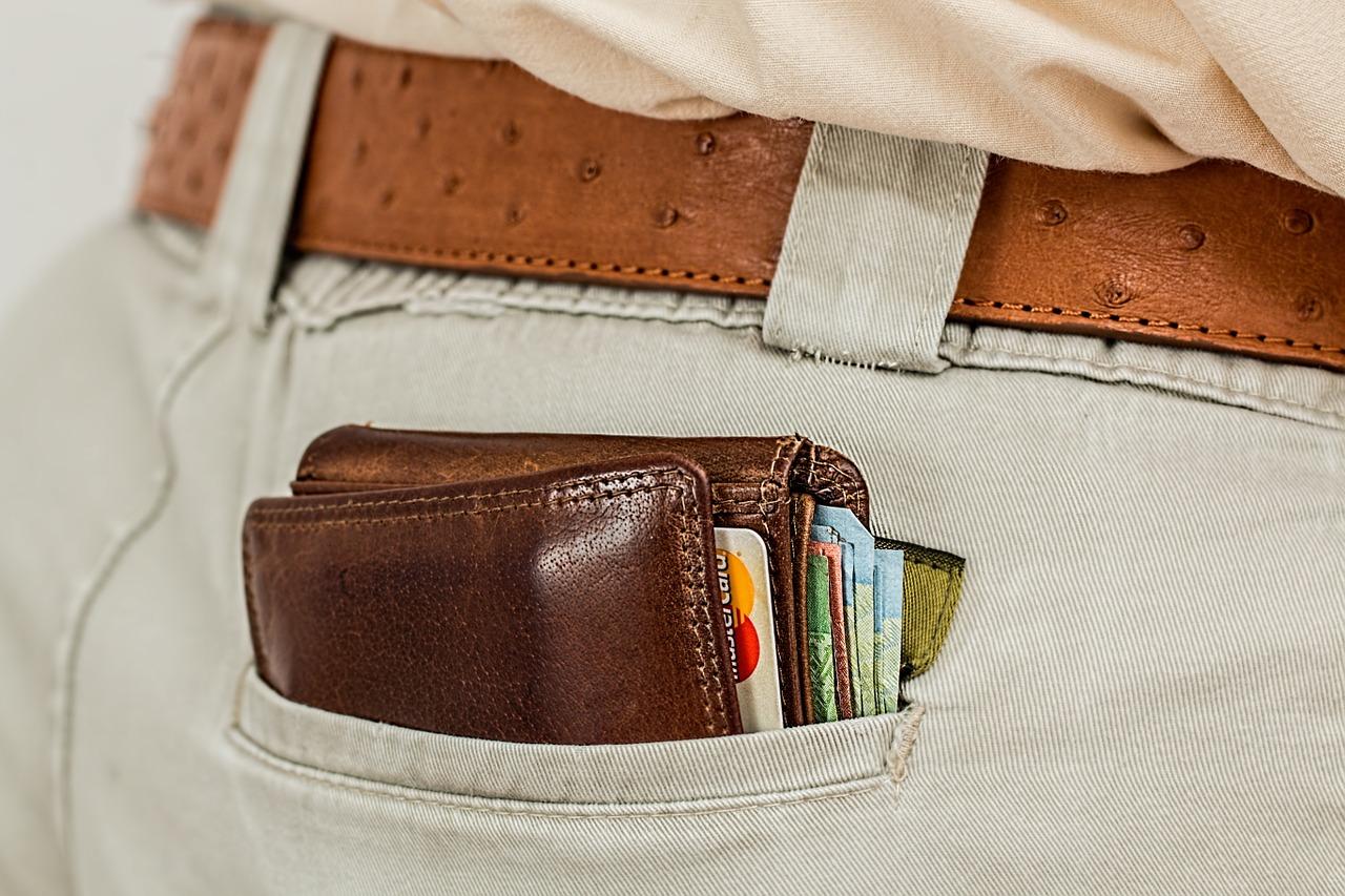 Credit Card Debt into Persistent Debts